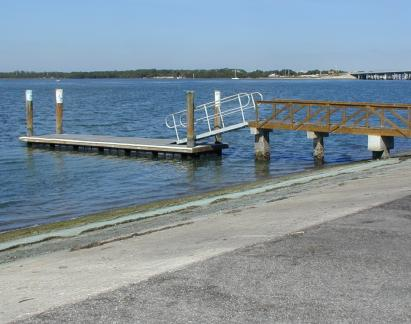 Boatlaunch ramp and dock.