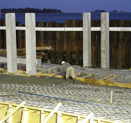 Cofferdam holds back the tides while work progresses